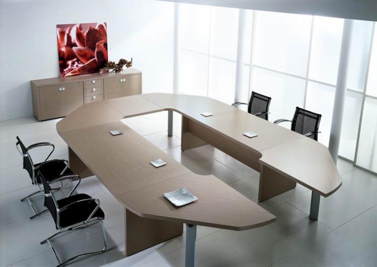 Table de r union haut de gamme led mobilier de bureau for Mobilier bureau ecologique
