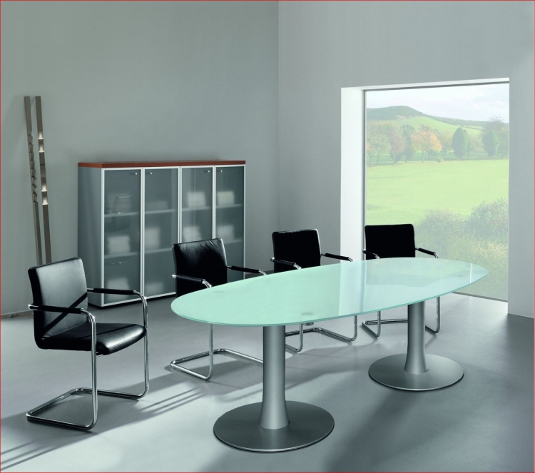 table de r union ovale verre pieds tulipe uq mobilier de bureau. Black Bedroom Furniture Sets. Home Design Ideas